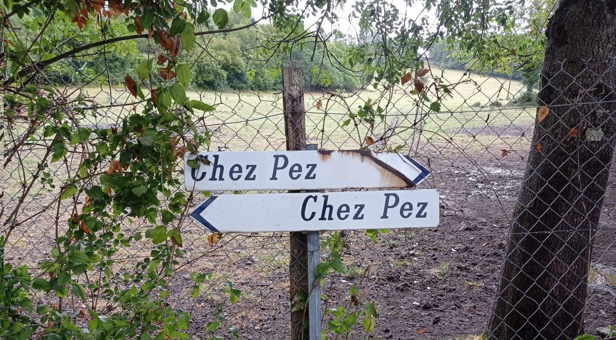Chez Pez